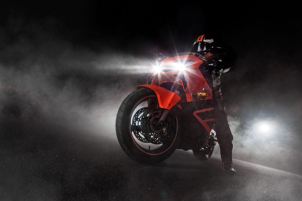 cambiar bombillas moto 2