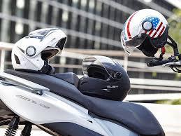 casco moto excelente 2