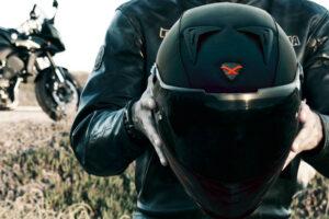 ¿Cómo saber cuándo caduca mi casco de moto? – Fecha caducidad casco de moto