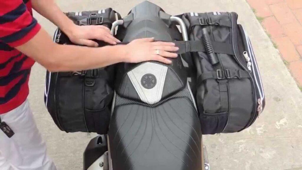 montar maleta moto 1