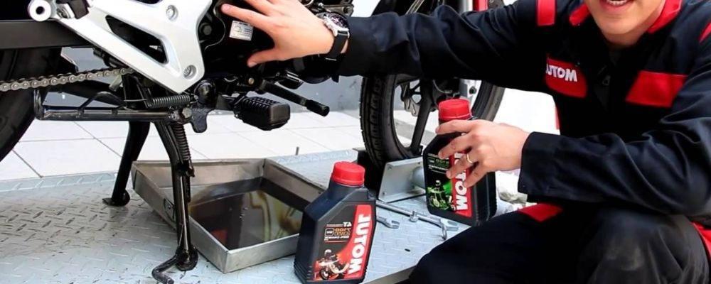 moto cambio aceite 2