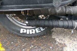 ¿Cómo poner o colocar la cinta térmica al escape de mi moto?