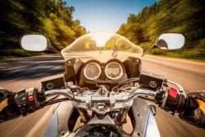 ¿Cómo saber si el retrovisor de mi moto está homologado o no?