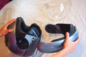 ¿Cómo desarmar o desmontar un casco de moto completamente? ¡Muy fácil!