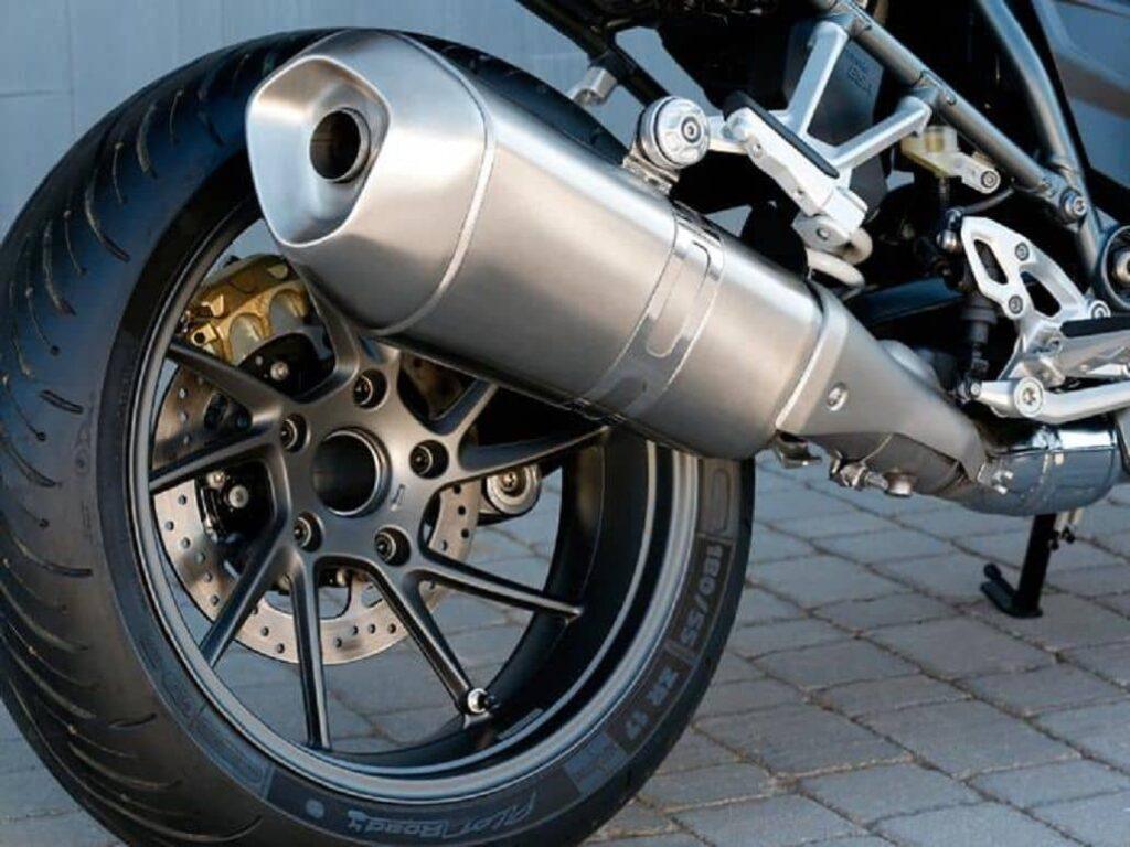 silenciador moto
