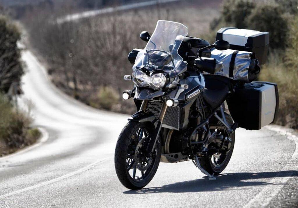 moto equipada luces especiales