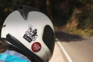 Las mejores pegatinas, adhesivos y vinilos para decorar tu casco de moto