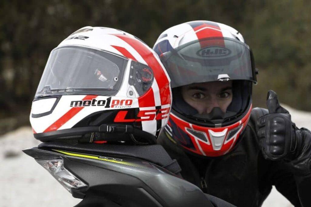 casco motopro carreras
