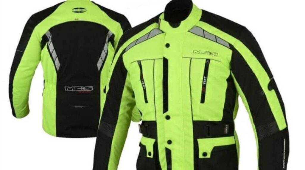 chaqueta verde fluorecente