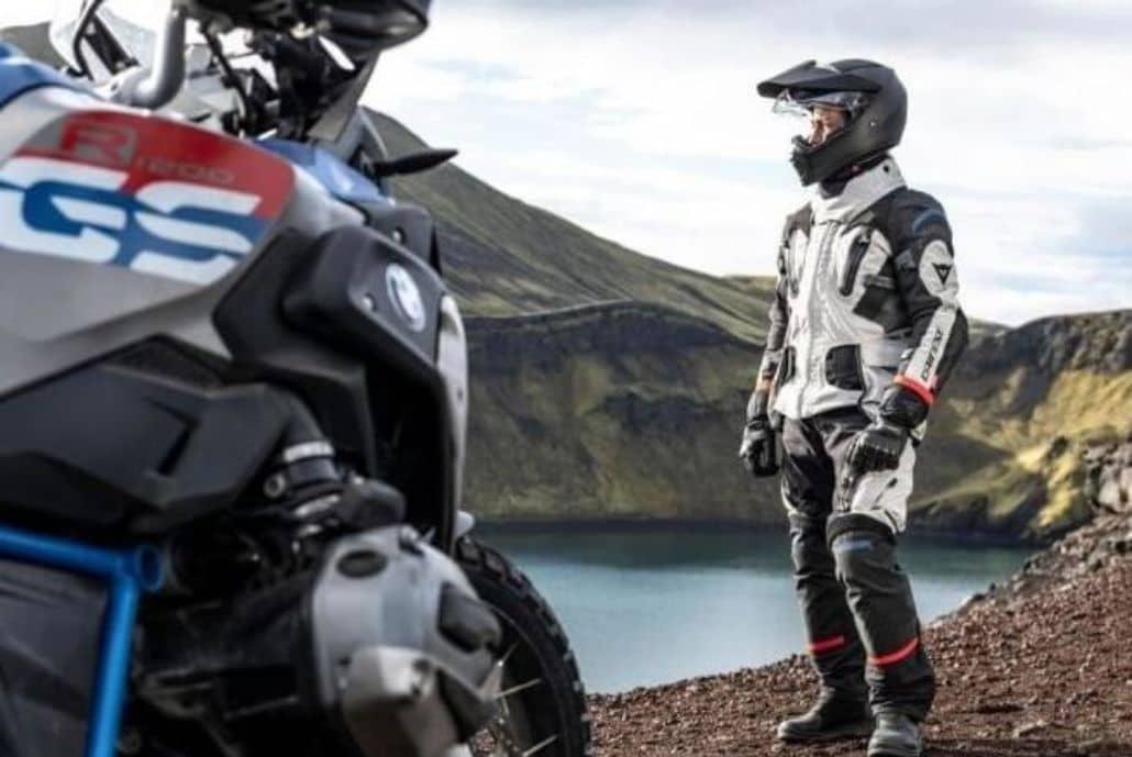 chaqueta moto trail blanca