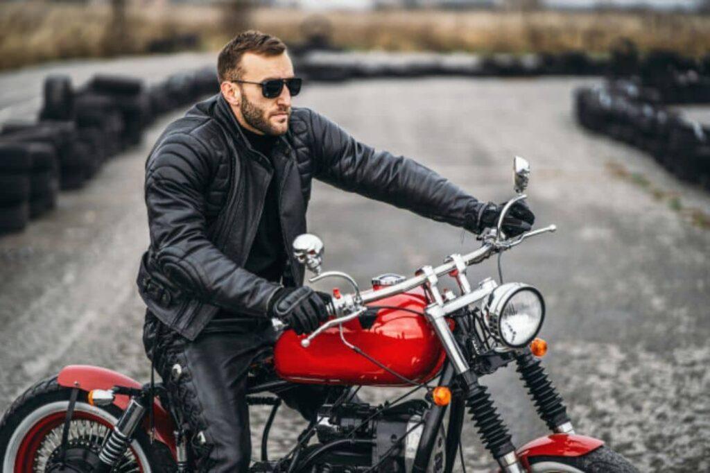 manejar motocicleta