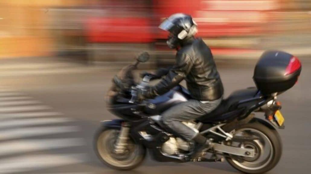 moto corriendo