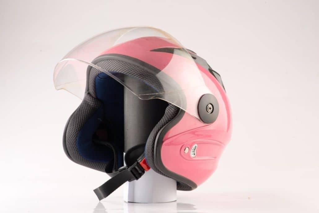 casco femenino rosado