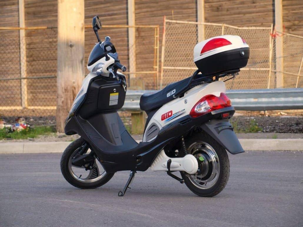 maletera scooter