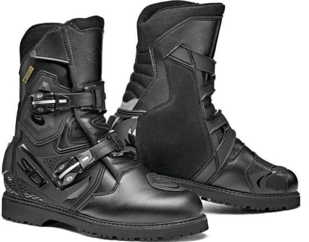 par botas negras