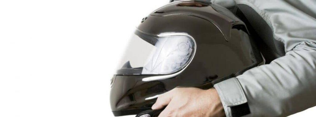 sostener casco